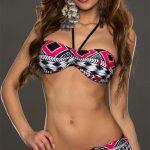 Černo růžové dámské dvojdílné plavky s ozdobným volánem