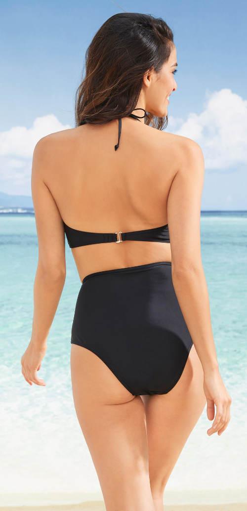 Černé dvoudílné plavky s vyšším pasem