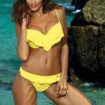 Žluté dvoudílné plavky s volánkem