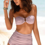 Dvoudílné bandeau plavky s vyššími nařasenými kalhotkami