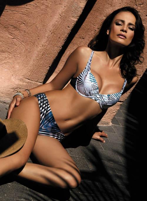 Dvoudílné plavky s vyztuženými flexi košíčky