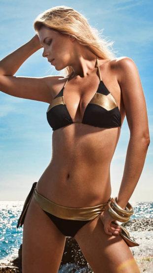 Luxusní dvoudílné plavky Alana s nápadnými zlatými prvky