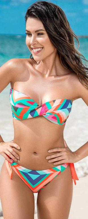 Bezramínkové dvoudílné plavky s pestrobarevnými geometrickými vzory