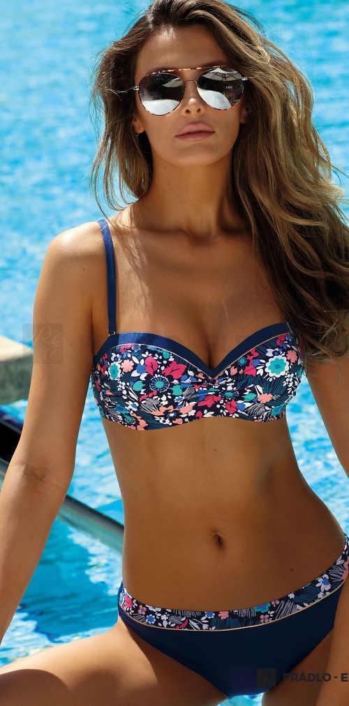 Elegantní dámské dvoudílné vyztužené plavky s květinovým vzorem