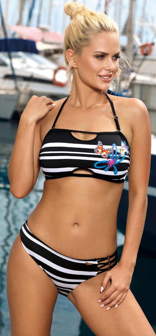 Atraktivní bandeau plavky s měkkými košíčky