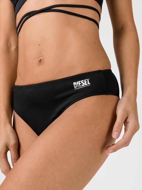 černé plavkové kalhotky Diesel