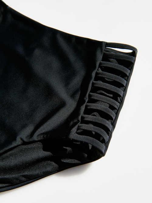 černé vysoké plavkové kalhotky
